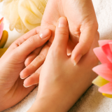 manicure handmassage